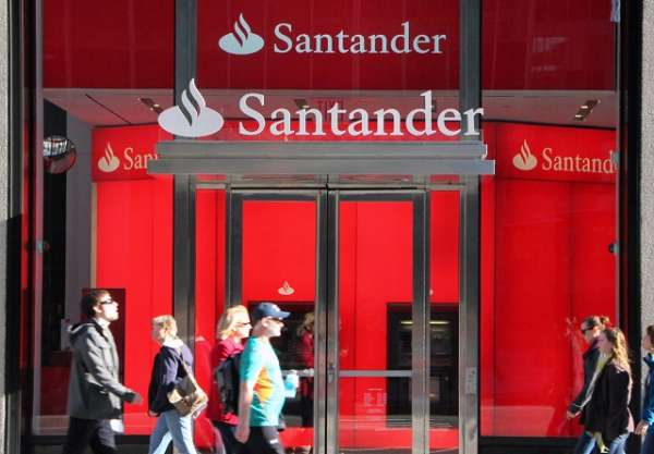 Sacar dinero con el m vil en cajeros santander futurisima for Cajeros banco santander para ingresar dinero